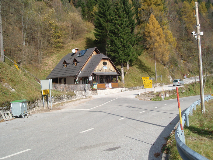Planinski dom Petrovo brdo.