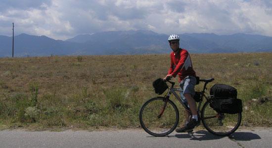S Trekom nekje na prostrantvih Bolgarije.