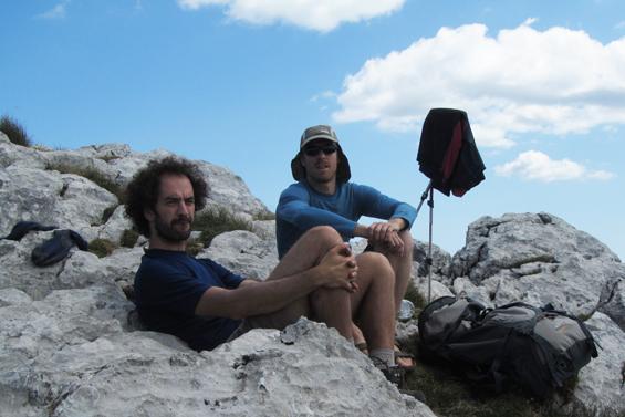 Marjan in Marko na vrhu Snježnika.