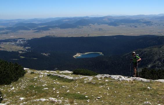 Crno jezero iz Crvene stijene.
