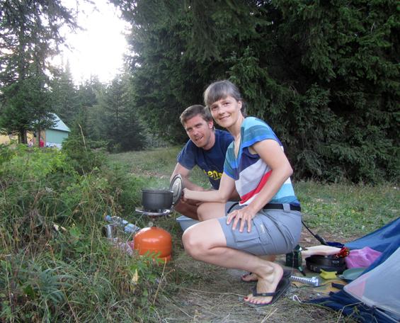 Večerja v kampu.